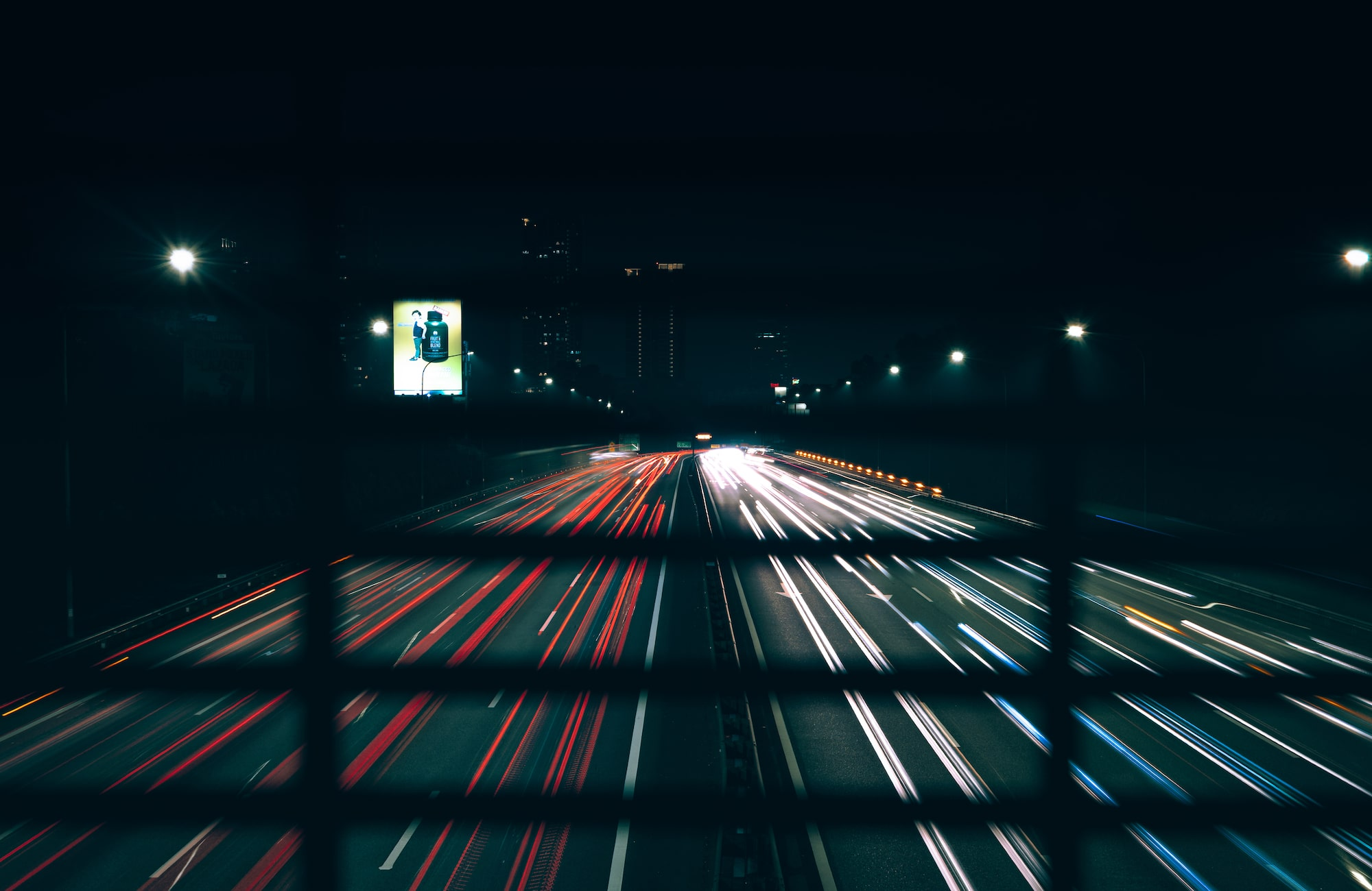 Capture beautiful light trail shots with Sony α7 III.