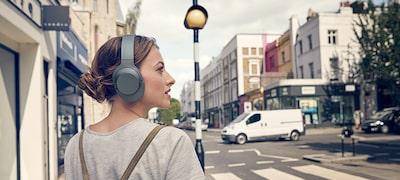 ภาพของ หูฟังป้องกันเสียงรบกวนแบบไร้สาย h.ear on 2 WH-H900N