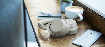 ภาพของ หูฟังป้องกันเสียงรบกวนแบบไร้สาย WH-1000XM3