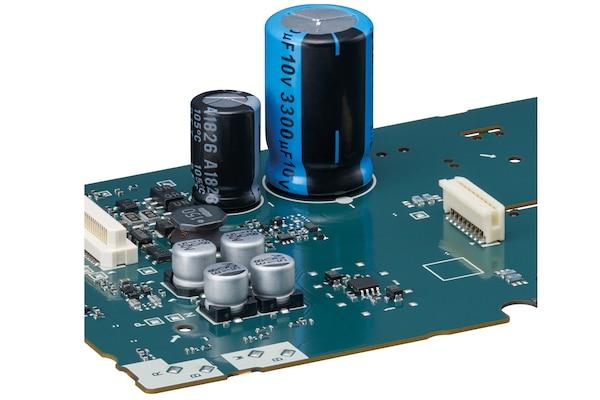 คาปาซิเตอร์ของ PCM-D10 บนแผงวงจร