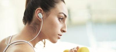 ภาพของ หูฟังอินเอียร์ป้องกันเสียงรบกวนไร้สายสปอร์ต WI-SP600N