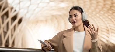 หูฟัง WH-1000XM4 พร้อมการโทรแฮนด์ฟรี