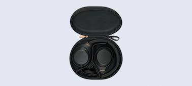 หูฟัง WH-1000XM4 ในกระเป๋าพกพาพร้อมสายเคเบิล